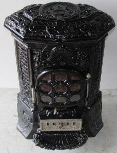 Antique French Stove Co Deville Lily black